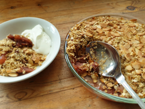 Pear & raspberry crumble